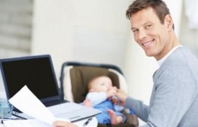 Выписать несовершеннолетнего от отца к матери
