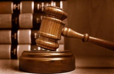 Выписать родственника через суд
