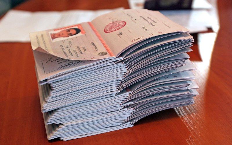 Регистрация на год можно выписать раньше