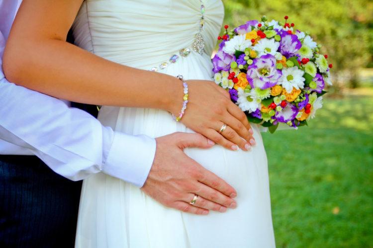 Как зарегистрировать брак при беременности супруги