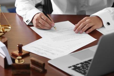 Изображение - Прописка в квартире и какие нужны для этого документы oformit_u_natariusa_4_28164702-400x267