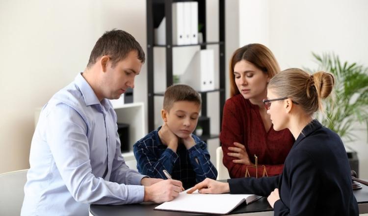 Основные нюансы выписки ребенка из квартиры