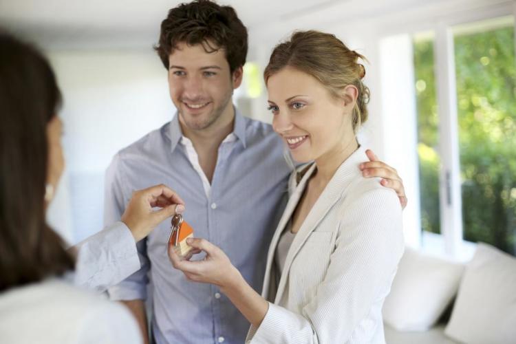 Важные особенности договора аренды квартиры с последующим выкупом между физическими лицами